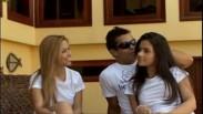 Duas novinhas brasileirinha em sexo com os amigos