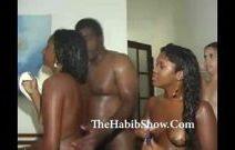 Negras nifetas em uma festa trepando