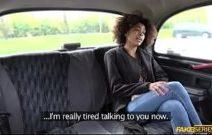Negrinha do xivideo paga taxista com sexo