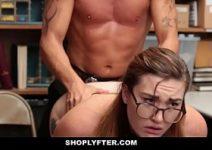 Vidios porno gratis com secretária putinha nerd
