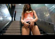 Xvideos brasil amador com gostosa mostrando buceta na academia